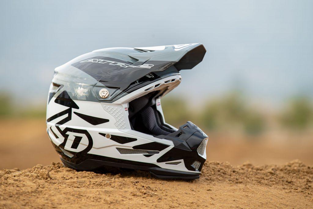 Casco Moto motocross fuoristrada enduro grafica nuova